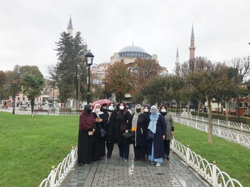 AYASOFYA-İ KEBİR CAMİİ ŞERİF'İNDE BİR GÜN