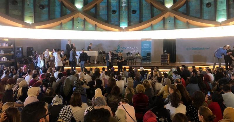 EDA & METİN ÖZÜLKÜ AKUSTİK MUHABBET'İN KONUĞU OLDU