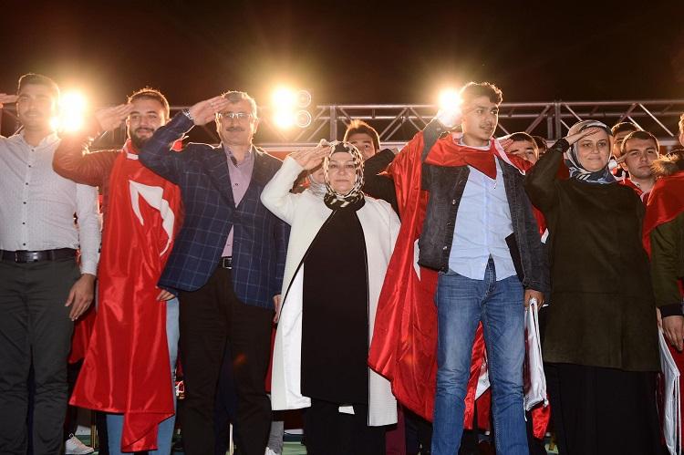 Sancaktepe'li Gençler Vatan Nöbetine Uğurlandı