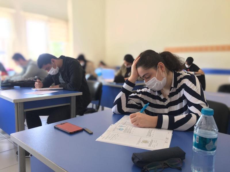 Üniversite Adaylarına Deneme Sınavı Yapıldı