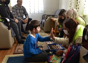 Gönül Elleri Çarşısı'ndan Kastamonu Bozkurt'ta Bulunan Anaokulu'na Kırtasiye Desteği