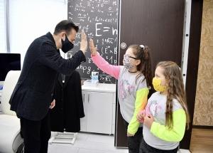 Sokaklara Kovid Uyarı Afişi Asan Çocukları Başkan Yazıcı Kırmadı