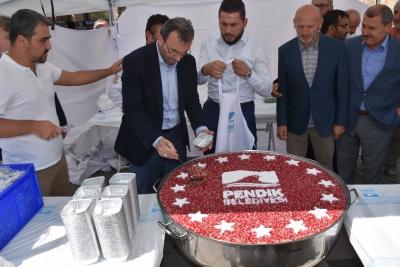 Aşure İkramı Başkan Ahmet Cin'den