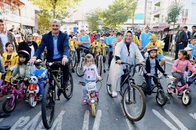 Başkan Döğücü, Sancaktepe'lilerle Birlikte Pedal Çevirdi