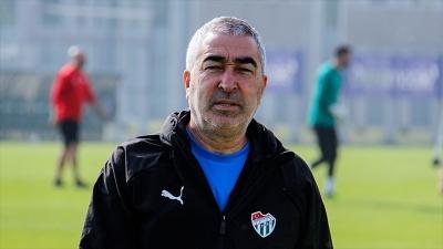 Bursaspor Teknik Direktörü Aybaba: Artık kazanmak istiyoruz