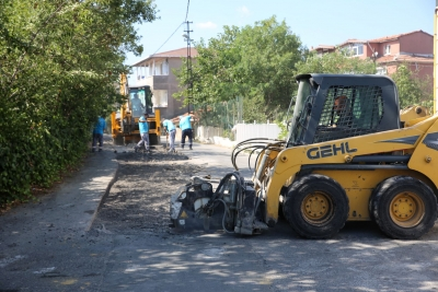 Elmalıkent'te Yol Bakım Çalışmaları Başladı