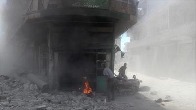 Esed rejimi İdlib'i vurmaya devam ediyor