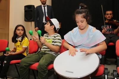 Otizmli Öğrenciler Doyasıya Gezip Eğlendiler