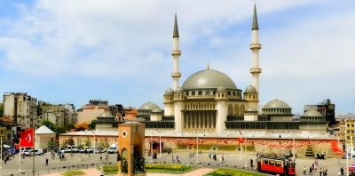 Taksim Camii İbadete Açılıyor