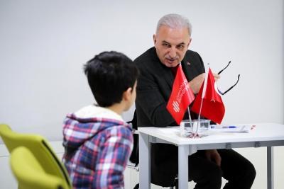 Ümraniye Belediye Başkanı Yıldırım, Halk Günü'nde Vatandaşlarla Buluştu
