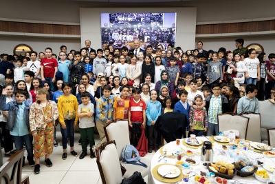 Ümraniye Belediyesi Ramazan Ayının İlk Gününde Bilge Çocukları Ağırladı