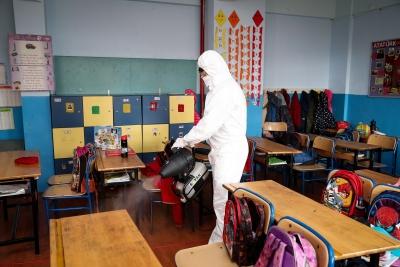 Ümraniye'deki Okullarda Virüslere Karşı Nano Savaş